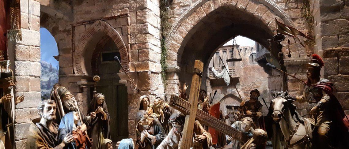 Jesús llevando la cruz